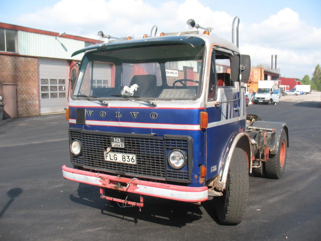 Volvo F86 -