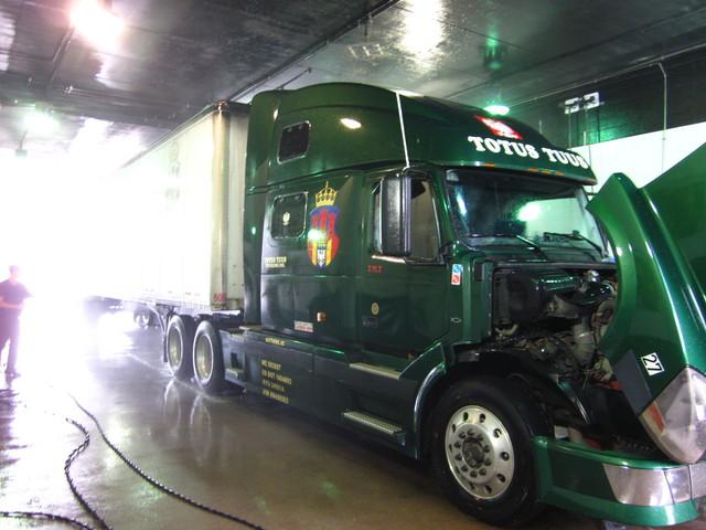 IMG 0855 Trucks