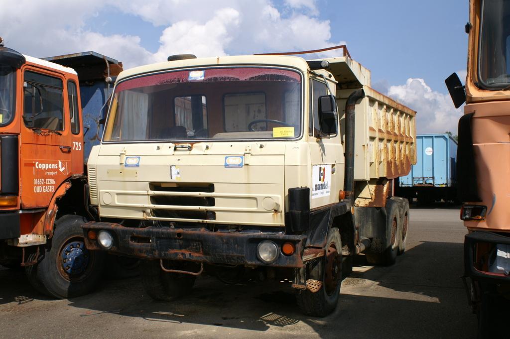 tatra t 815 p 13 marnebel (2) - cab