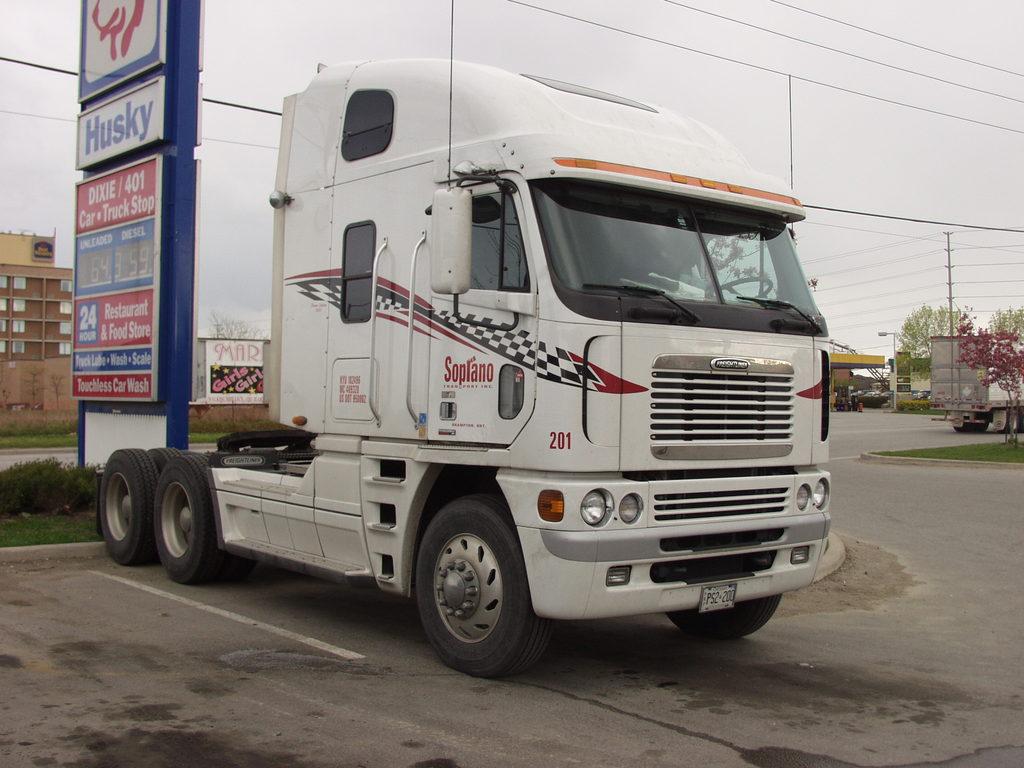 P5192658 - canada usa 2002