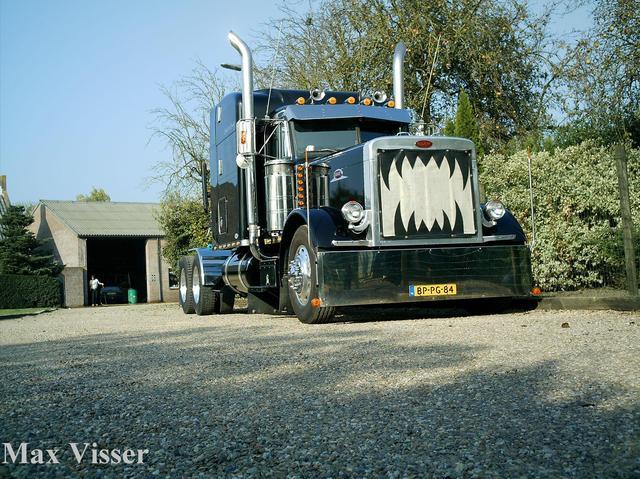 vastgelegd20051015000081uq truck pice