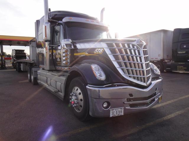 DSC04204 Trucks
