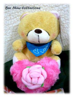 Recorder Doll FF Bear w heart bouquet -205.000 -