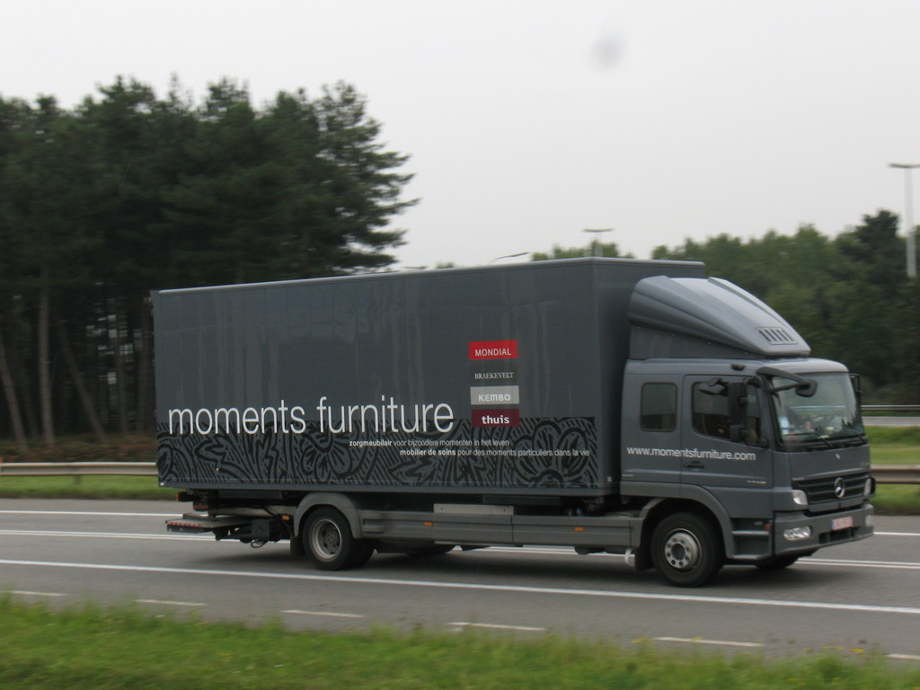Mercedes benz atego moments furniture jpg picture for Mercedes benz furniture