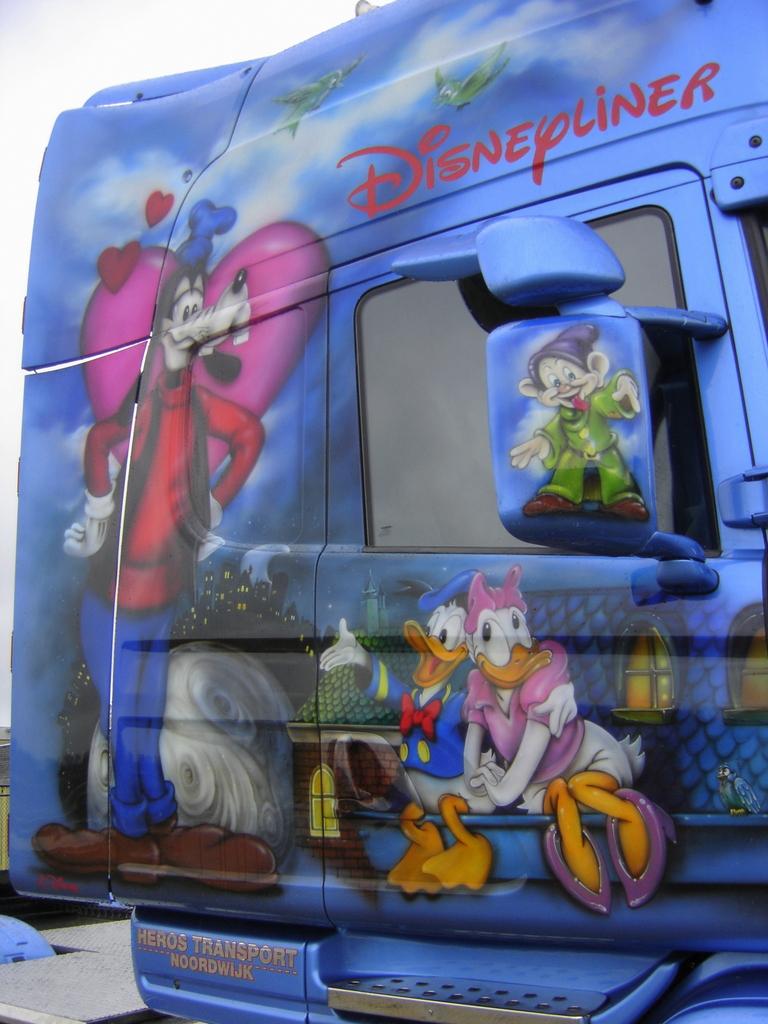 Disneyliner 5 -