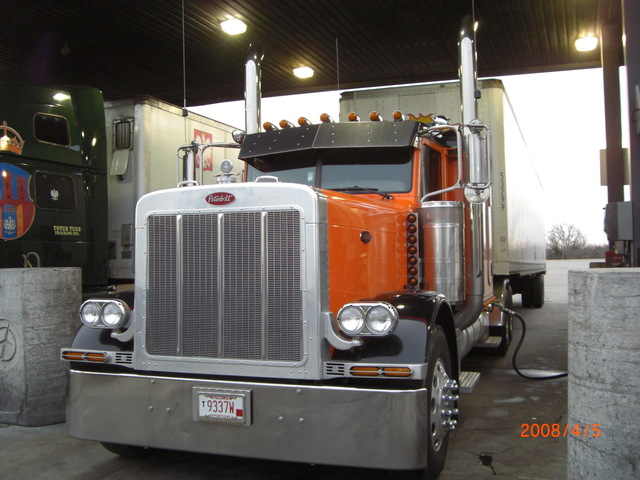 CIMG5527 Trucks