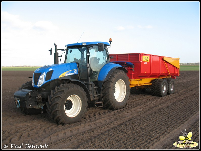 New Holland T7030-BorderMaker -