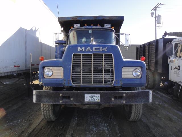 DSC08099 March 2011