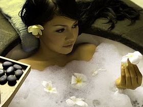 olive-oil-bath opt -