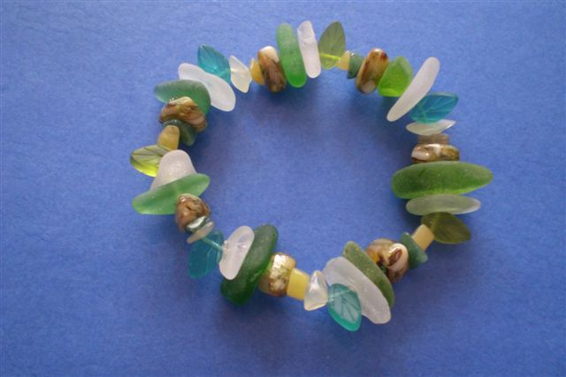 seaglass bracelet with leaf and stone beads -