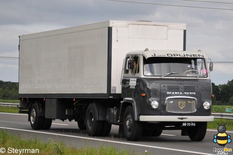 DSC 2442-border - Truckstar Festival 2011