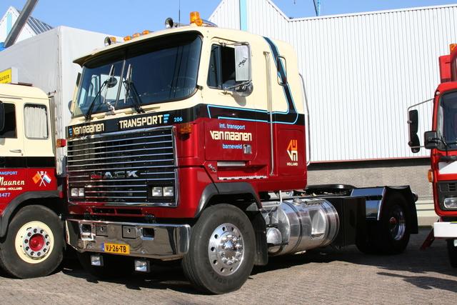 IMG 3290 mack en speciaal transportdag 2011