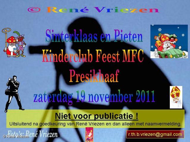René Vriezen 2011-11-19#0000-4 Sinterklaas en Pieten Presikhaaf Kinderclub Feest MFC zaterdag 19 november 2011