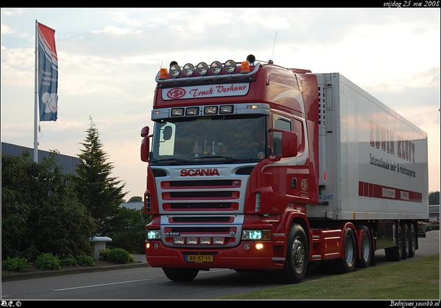 DSC 2359-border VSB Truckverhuur - Druten