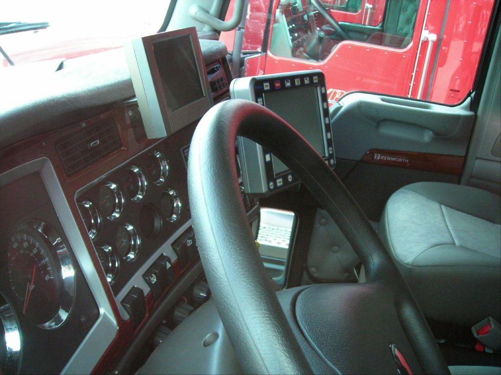f0042 - Trucks