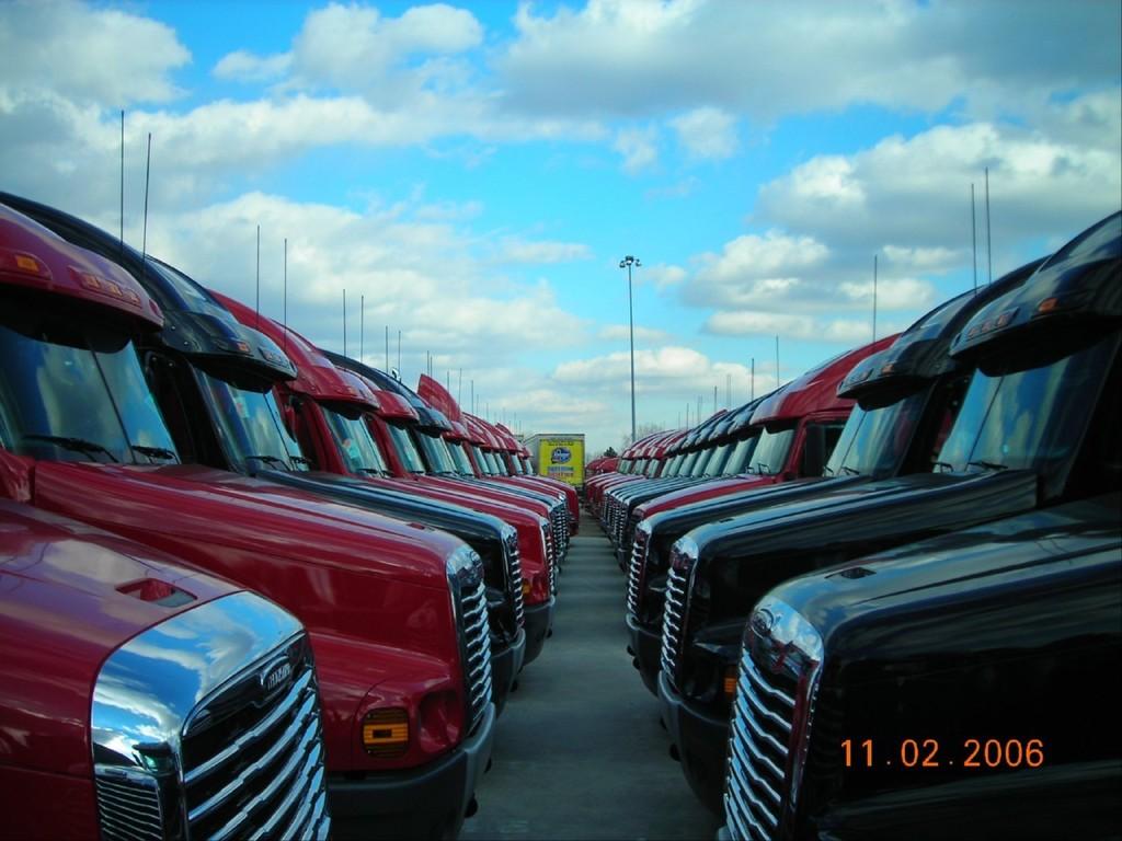 f0040 - Trucks
