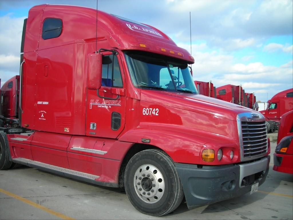 f0039 - Trucks