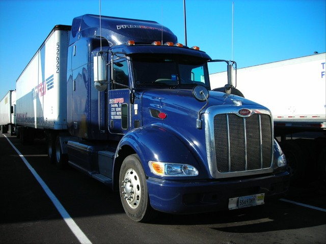 f0035 Trucks