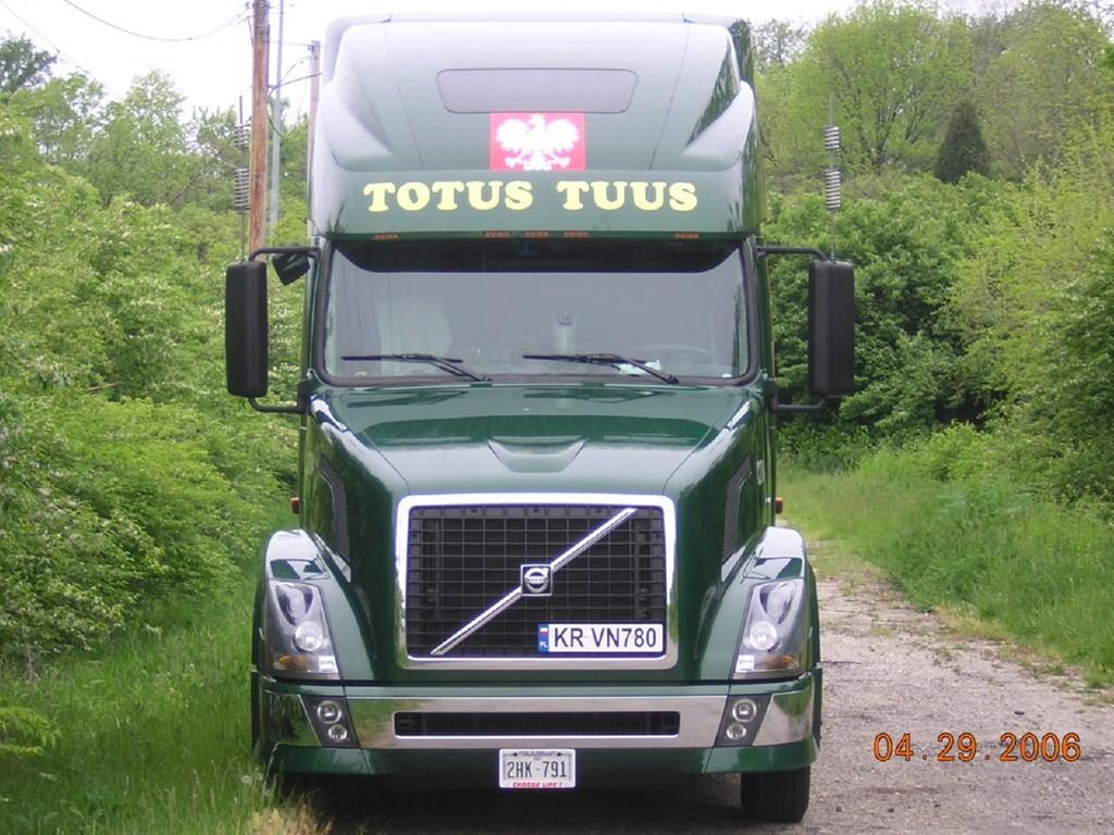 f0026 - Trucks