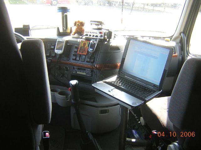 f0024 Trucks