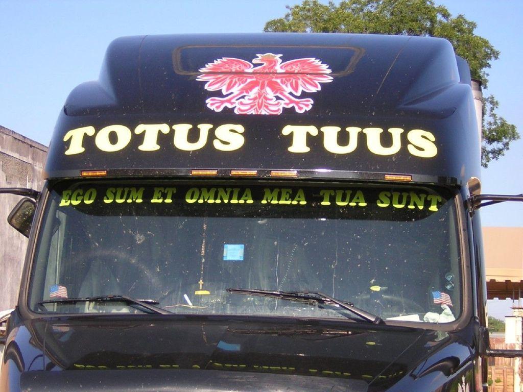 f0008 - Trucks