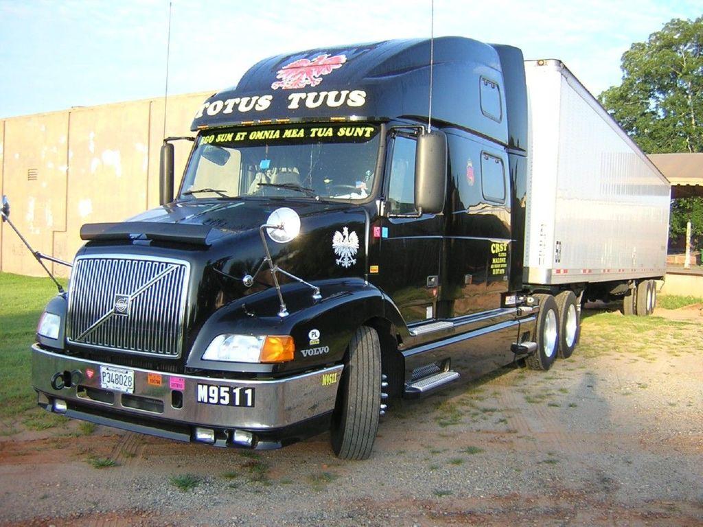 f0007 - Trucks