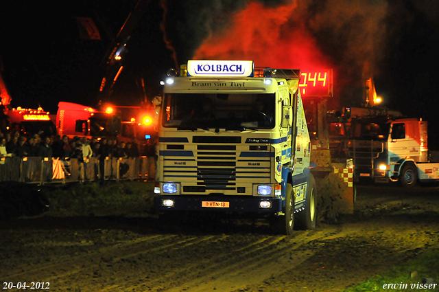 20-04-2012. 379-border 20-04-2012 Herwijnen