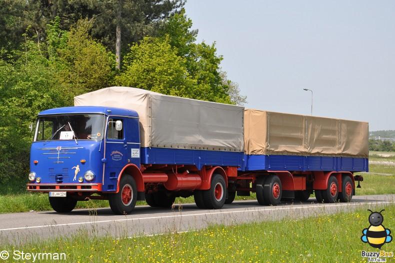 DSC 0092-border - Holland Tour 2012