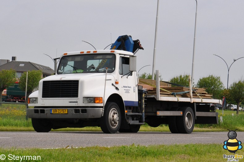 DSC 0366-border - Holland Tour 2012