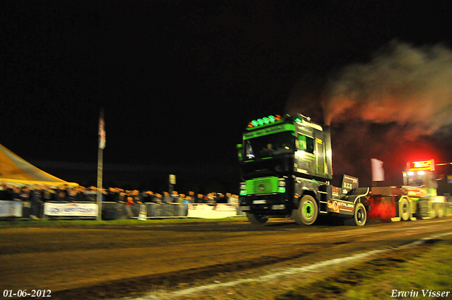 01-06-2012 945-border 01-06-2012 Nederhemert