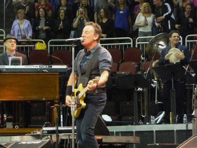 P1140886 Bruce Springsteen - Newark - 05-02-2012