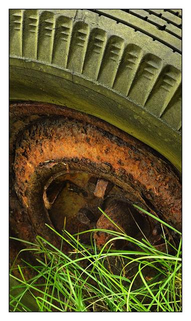 Old wheel 2012 Abandoned