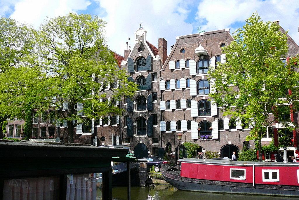 P1090040 - amsterdamsite2