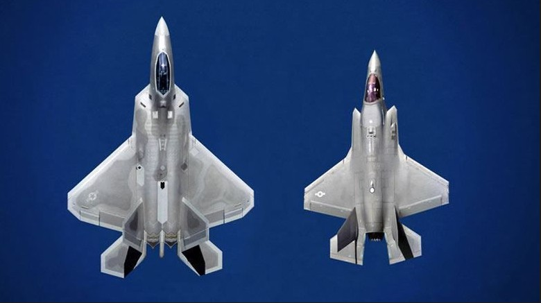Abductions, UFOs and Nuclear Weapons : F 22 and F 35 pictures