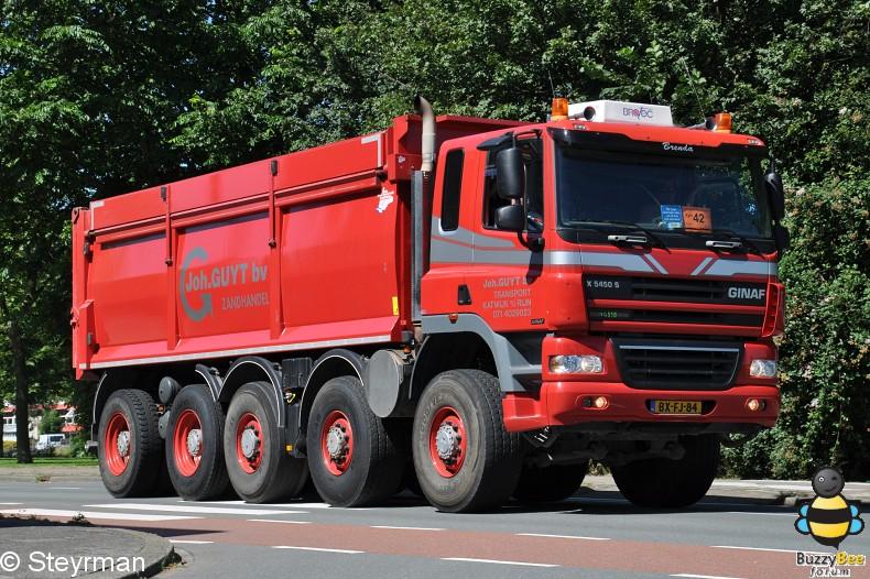 DSC 5807-border - KatwijkBinse Truckrun 2012