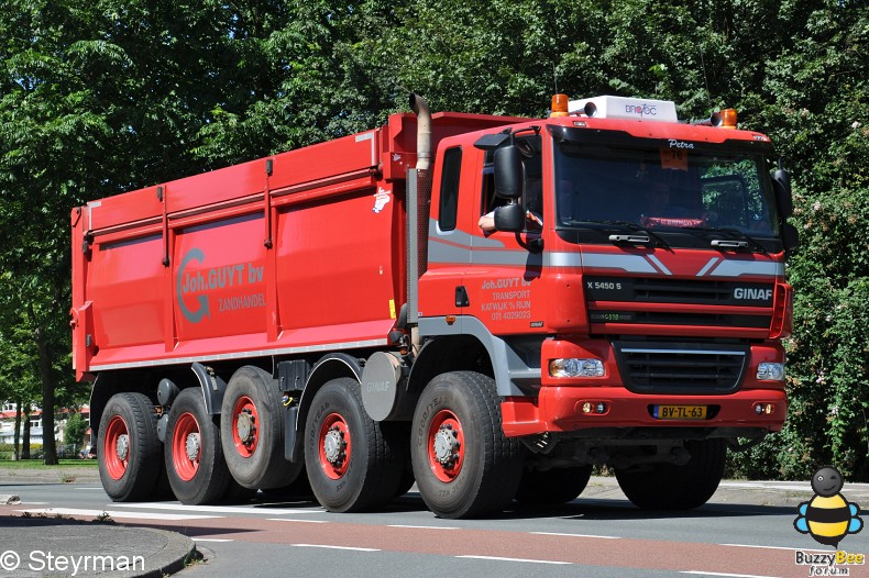 DSC 5844-border - KatwijkBinse Truckrun 2012