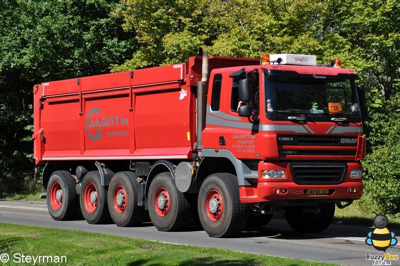 DSC 5917-border - KatwijkBinse Truckrun 2012