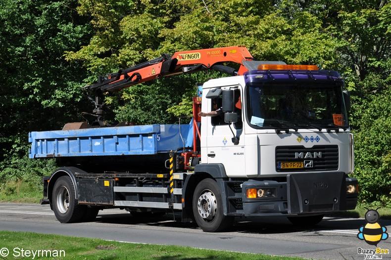 DSC 5931-border - KatwijkBinse Truckrun 2012