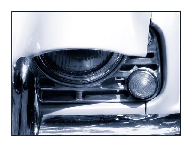 Cyan TR4 Automobile